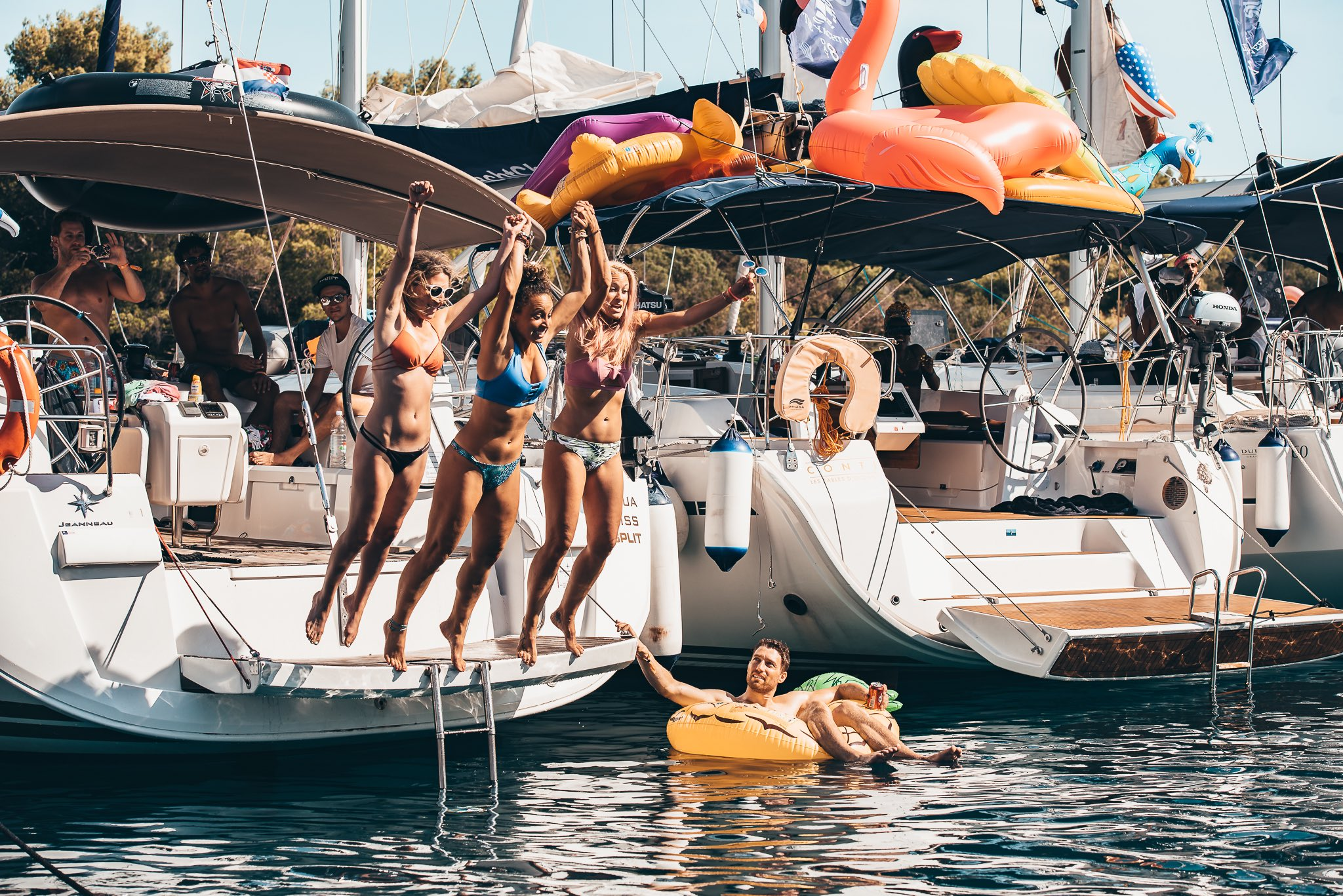 6 Ways to Book The Yacht Week
