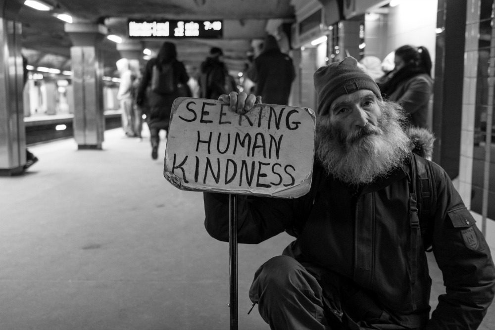 Small acts of kindness Day 8 Experiences CREDIT Matt Collamer on Unsplash_picmonkeyed